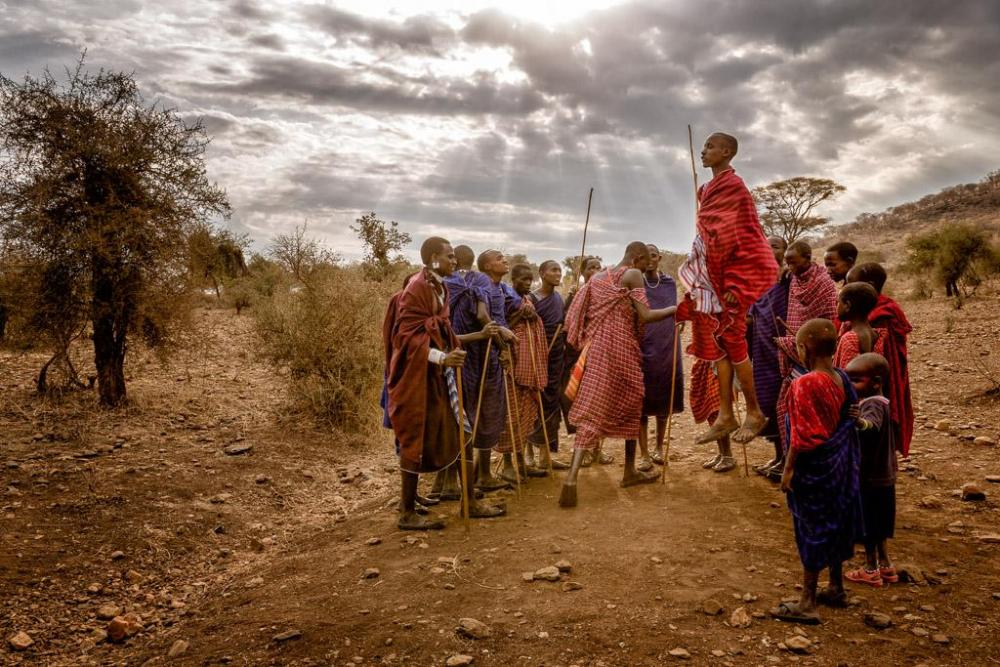 Dancing_Maasai-Edit-3.thumb.jpg.93f86ddd82c72dfafe0eda6590ecd684.jpg